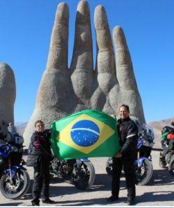 1043-Socialight-Haroldo Antunes no deserto do Atacama no Chile em excursão de moto